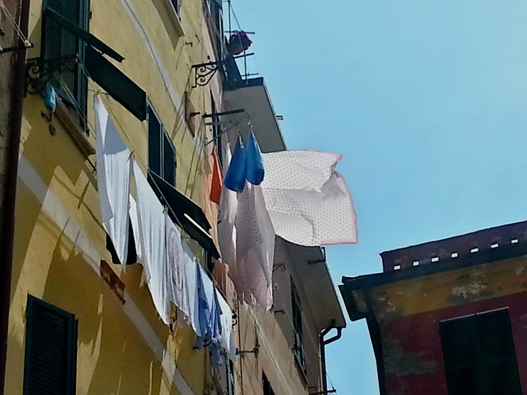 A trademark of Italy... laundry out to dry