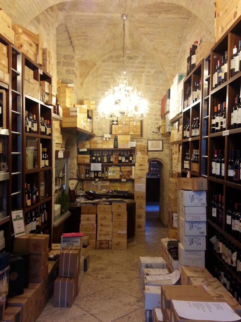 Enoteca Properzio - paradise for wine enthusiasts