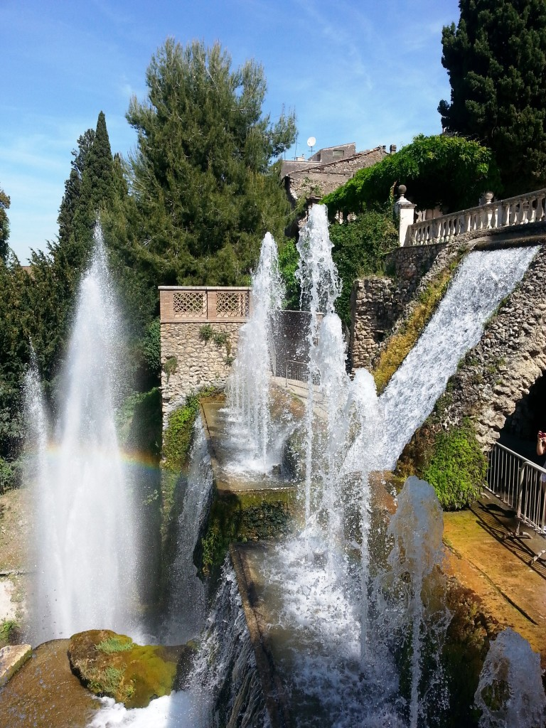 Spectacular fountains, all created through clever hydraulics and physics