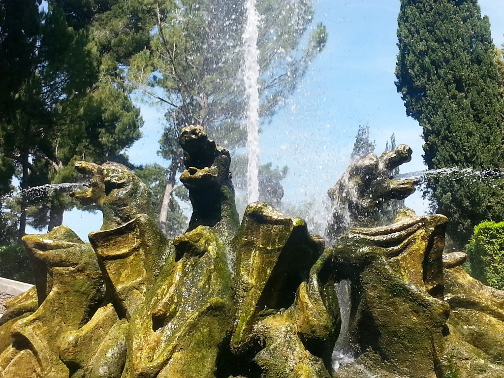The Dragon Fountain - they looked a bit scary!