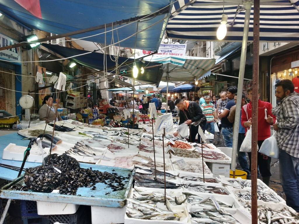 The fish market is spread through several streets